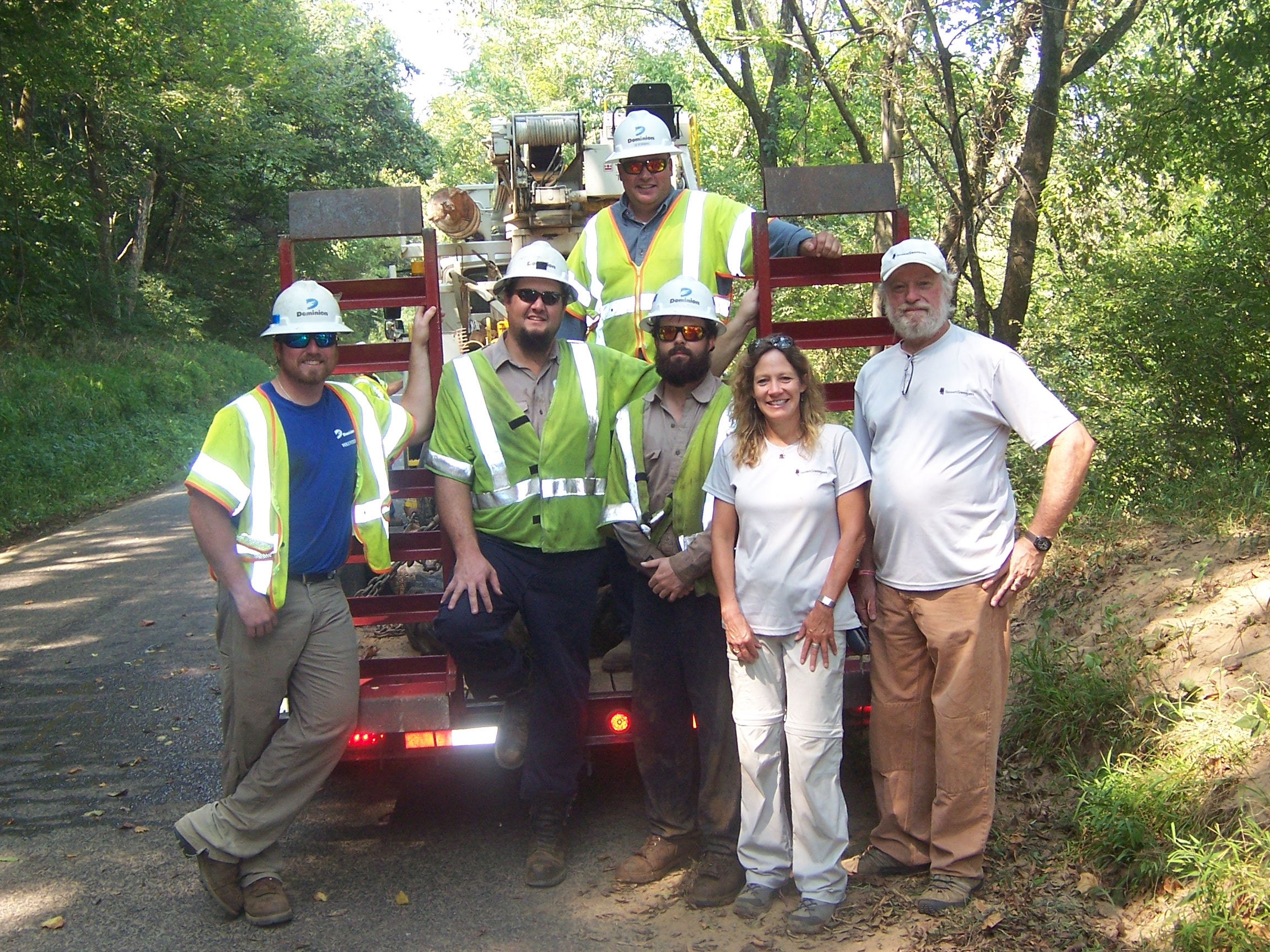 Dominion Crew based in Orange Helps StreamSweepers